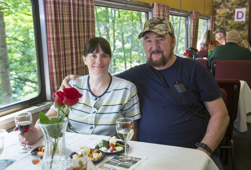 Murder Mystery Wine Train | Mountain Rail WV